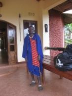En Masai på hotellet - se skoene!